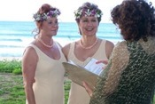 Hawaii-Style-Weddings